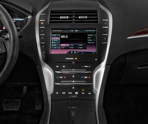 bangtablo2 7081 Đánh giá chi tiết xe Lincoln MKZ 2016