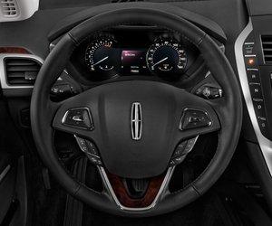 volang2 4c81 Đánh giá chi tiết xe Lincoln MKZ 2016