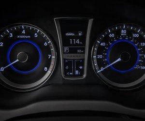 HyundaiAzera201417 ce74 Đánh giá chi tiết xe Hyundai Azera 2014: Rộng rãi, thoải mái