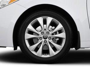 HyundaiAzera201448 9f48 Đánh giá chi tiết xe Hyundai Azera 2014: Rộng rãi, thoải mái