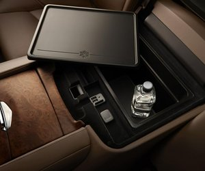 alade2015 b8a0 Đánh giá chi tiết xe Cadillac Escalade 2015
