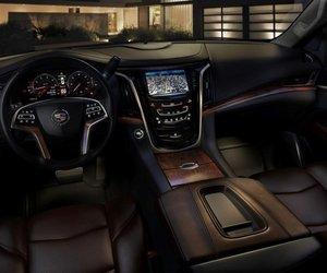 lade2015 db61 Đánh giá chi tiết xe Cadillac Escalade 2015