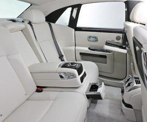 20 1ccf Đánh giá chi tiết xe Rolls Royce Ghost 2014: Mẫu sedan dành cho các đại gia