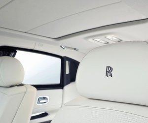 26 ba20 Đánh giá chi tiết xe Rolls Royce Ghost 2014: Mẫu sedan dành cho các đại gia