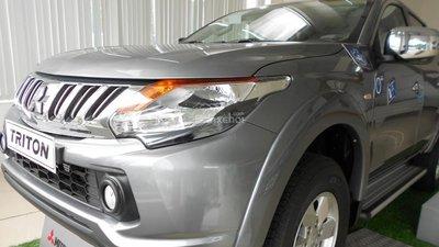 HOt! ô tô Mitsubishi Triton D MT 4x2 2015, n/ khẩu chính hiệu nguyên chiếc