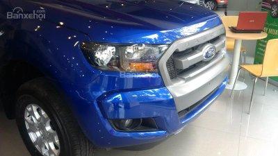 Pick up truck Ford Ranger XLS AT (1 cầu, số auto) 2016, giá 655 triệu (chưa KM)