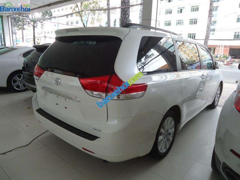Xe Toyota Sienna Limited 2014-3