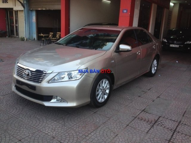 Xe Toyota Camry  2012-0