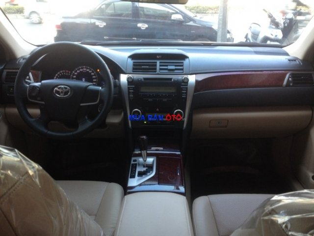 Xe Toyota Camry  2012-8