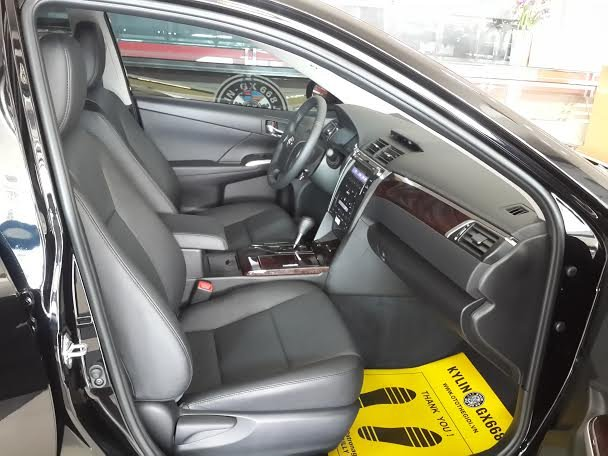 Xe Toyota Camry  2015-6