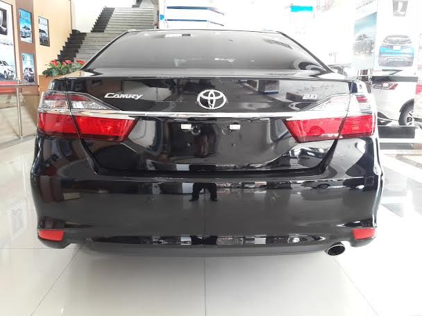 Xe Toyota Camry  2015-3