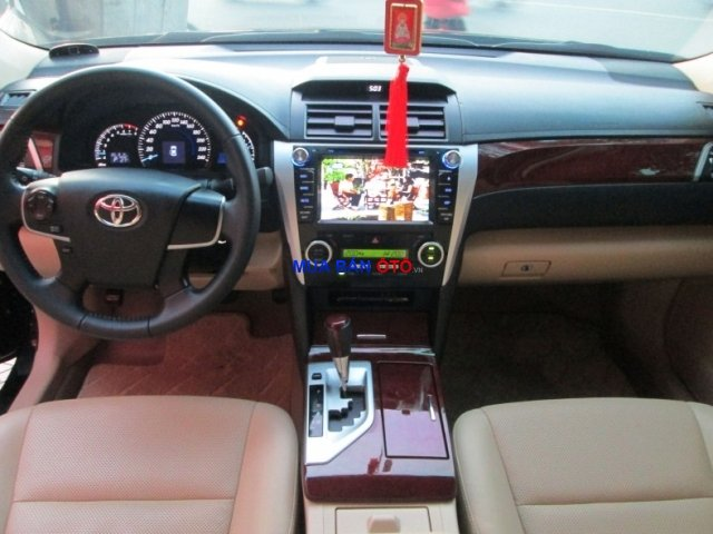Xe Toyota Camry  2014-5