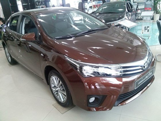 Xe Toyota Corolla Altis 1.8AT sản xuất 2015, mới 100%-0