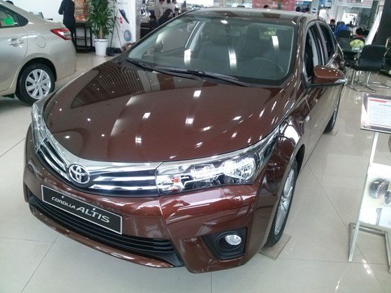 Xe Toyota Corolla Altis 1.8AT sản xuất 2015, mới 100%-1