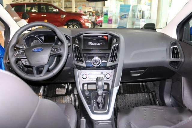 Cần bán Ford Focus 1.5 Ecoboost, giao ngay-1