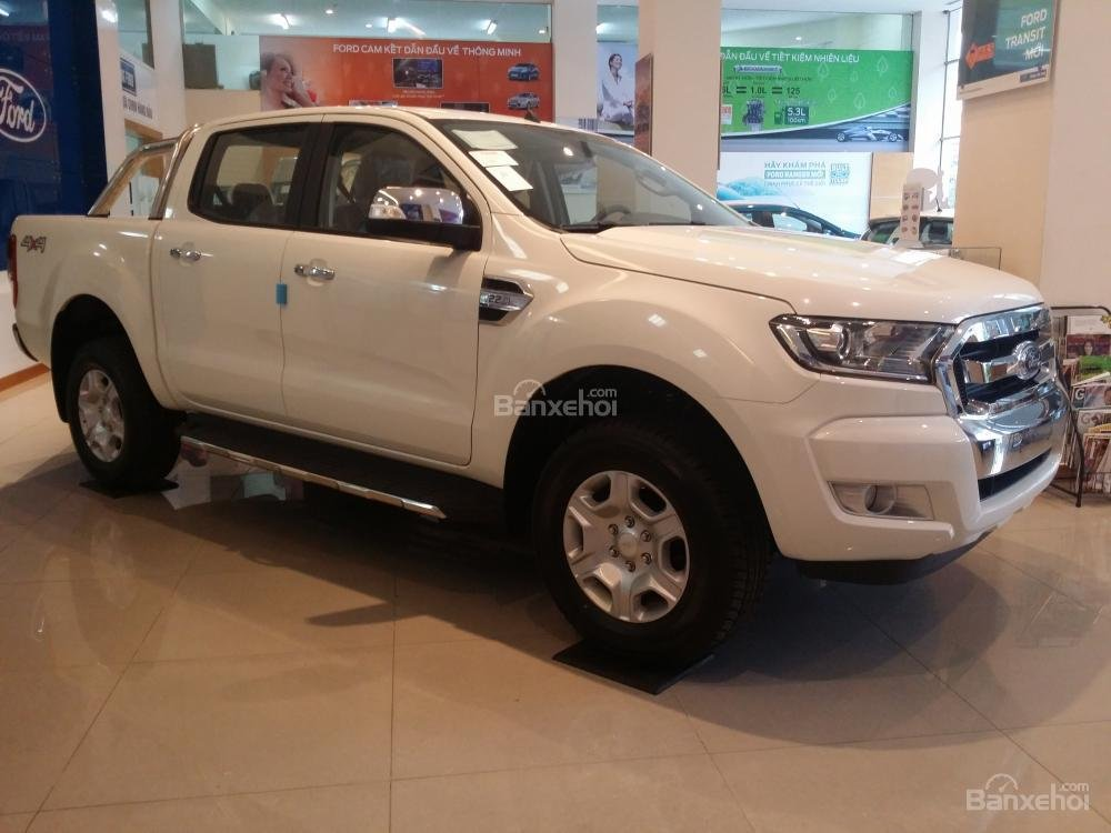 KM lớn Ford Ranger XL, XLS, XLT, Wildtrak 3.2 Model 2017 - Tel: 0919.263.586-3