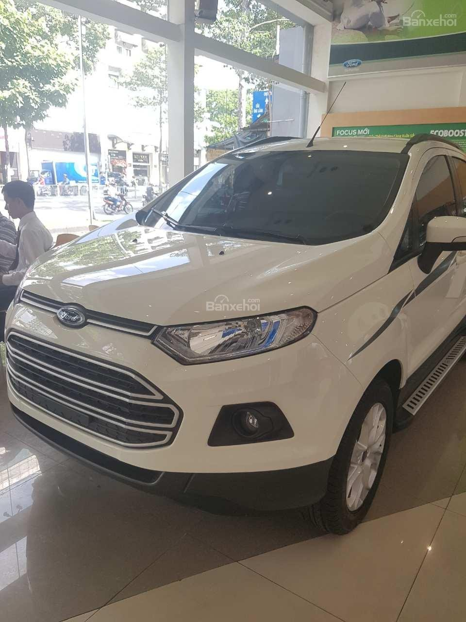 Ford EcoSport 1.5P ​​Trend MT2017, màu trắng, 520tr-1