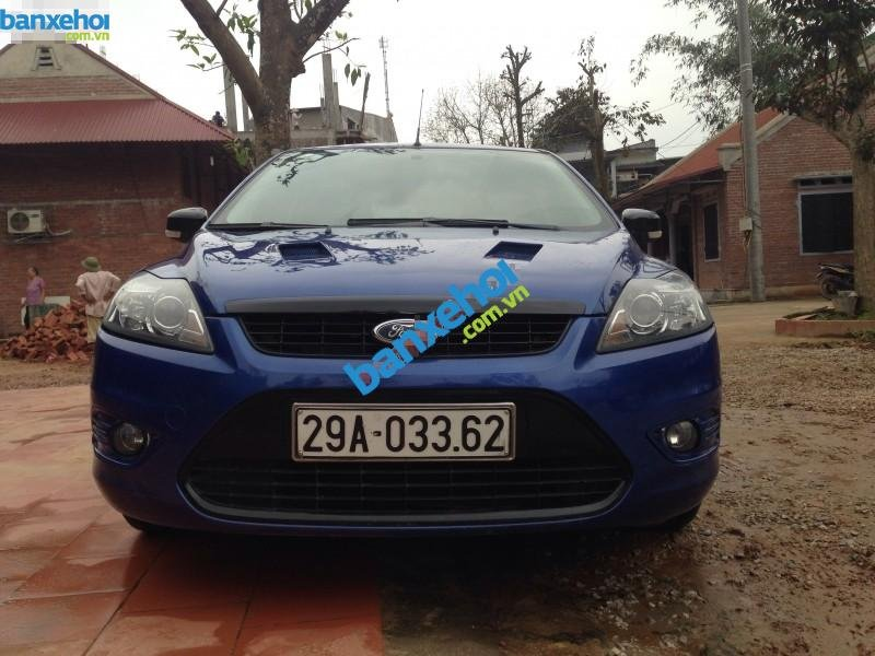 Xe Ford Focus 1.8L 2010-0