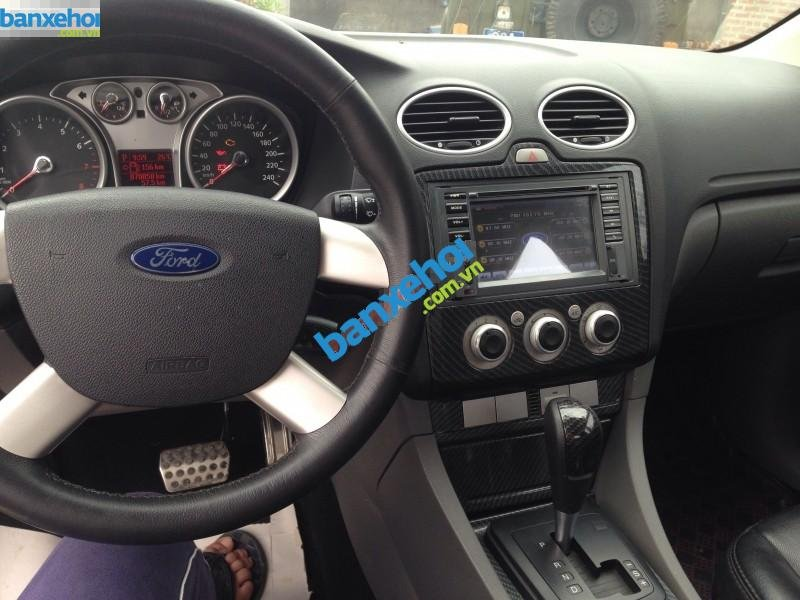 Xe Ford Focus 1.8L 2010-3