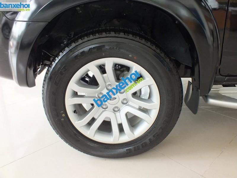 Xe Ford Everest 4x2 MT 2013-2