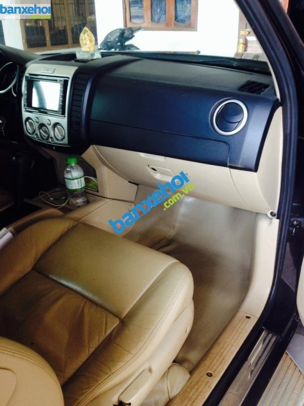 Xe Ford Everest  2009-3