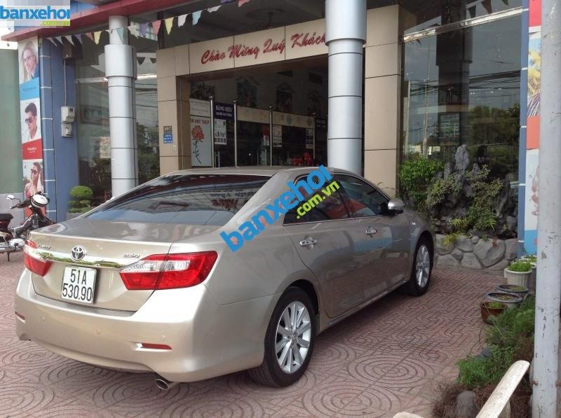 Xe Toyota Camry 2.5 Q 2013-2