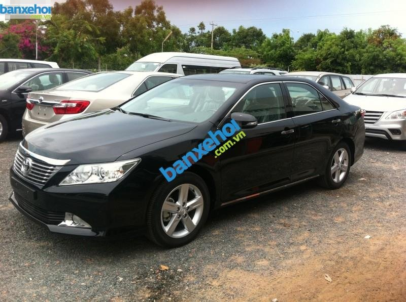 Xe Toyota Camry 2.5Q 2014-0