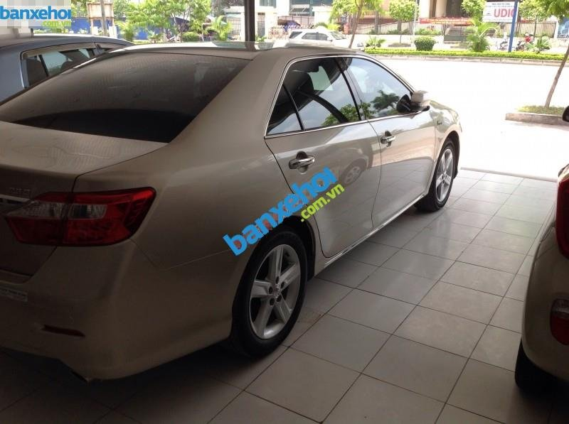 Xe Toyota Camry 2.5Q 2014-2