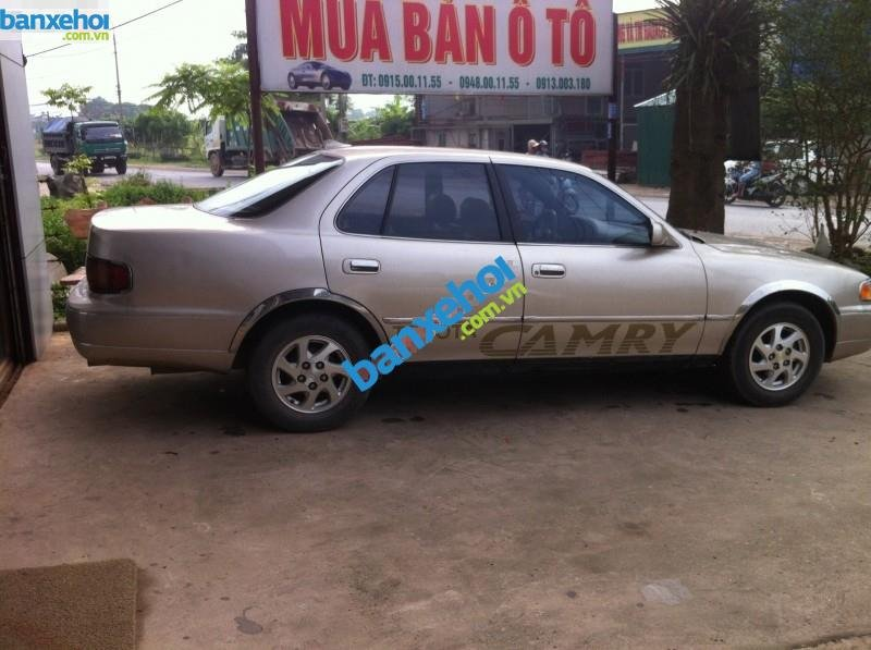 Xe Toyota Camry 2.2 1994-1
