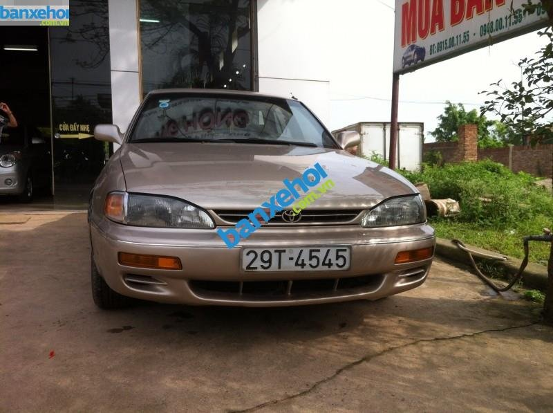 Xe Toyota Camry 2.2 1994-0