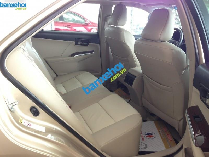 Xe Toyota Camry XLE 2014-9
