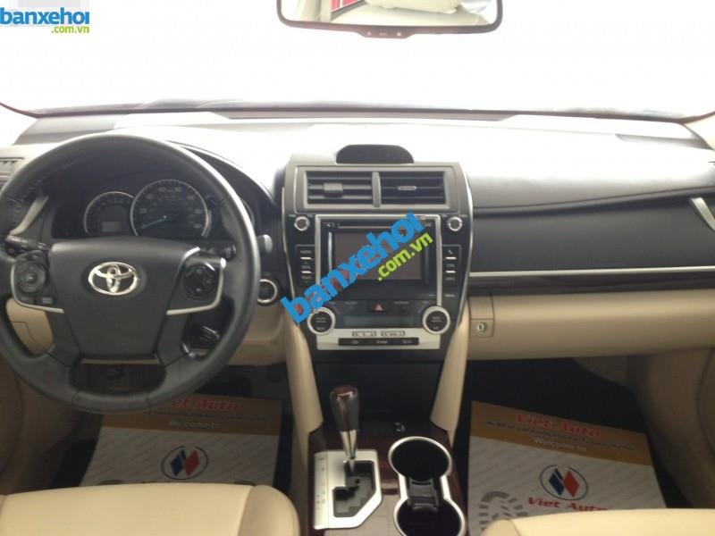 Xe Toyota Camry XLE 2014-7