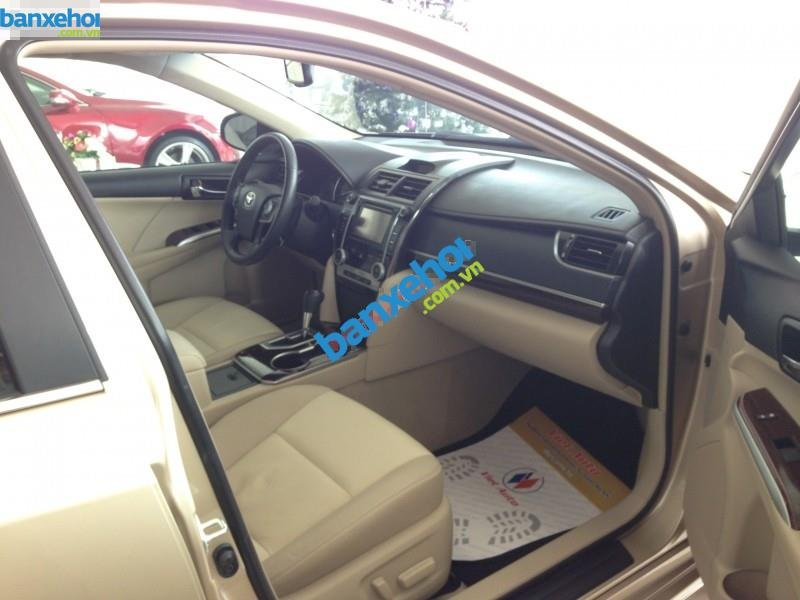 Xe Toyota Camry XLE 2014-6
