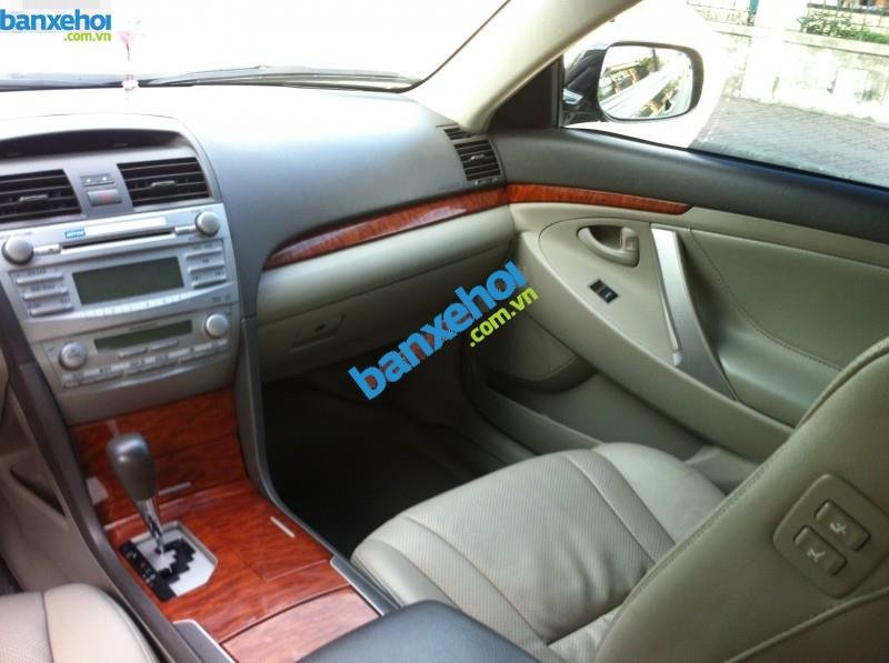Xe Toyota Camry 2.4G AT 2010-6