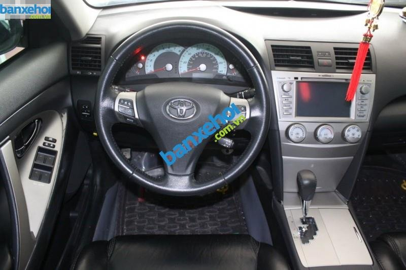Xe Toyota Camry SE 2010-6