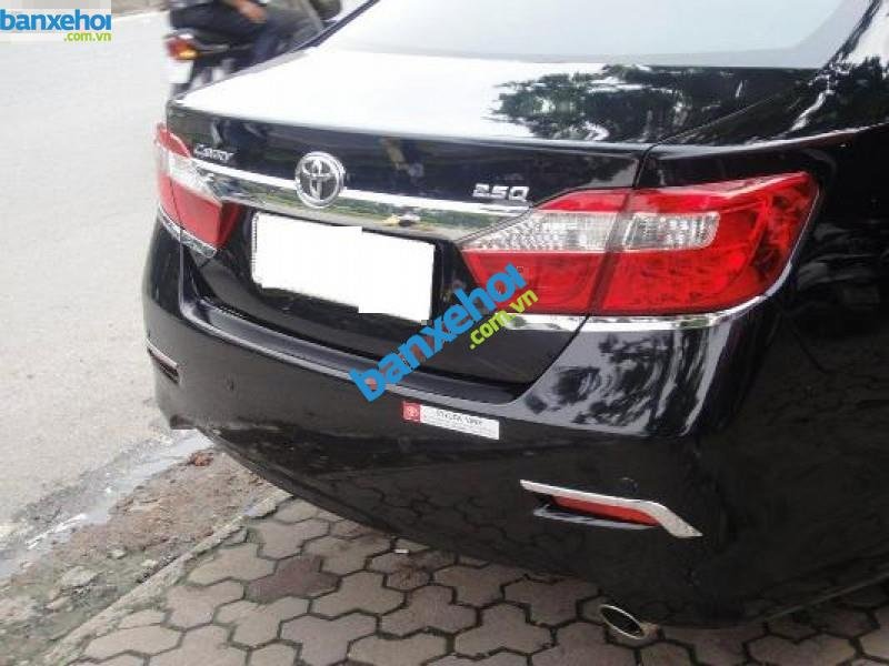 Xe Toyota Camry 2.5Q 2013-3
