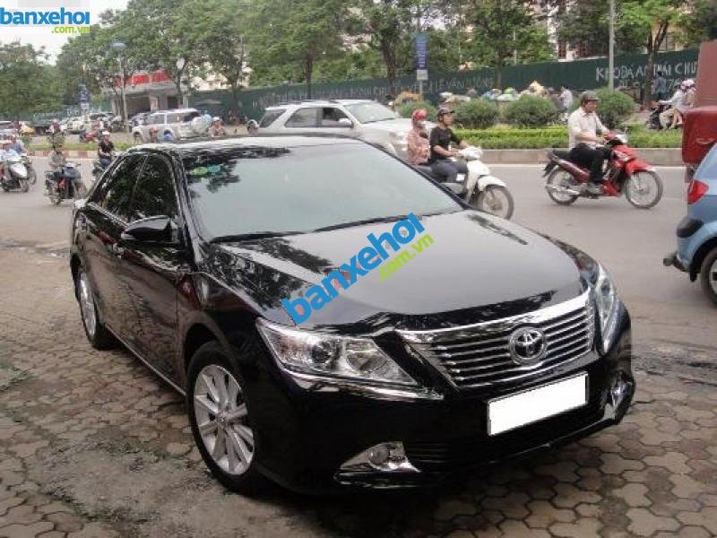 Xe Toyota Camry 2.5Q 2013-0