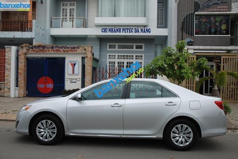 Xe Toyota Camry LE 2.5L 2012-2