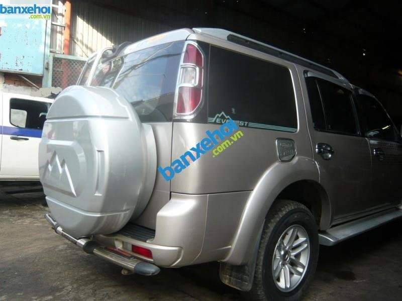 Xe Ford Everest 4x2 MT 2010-6