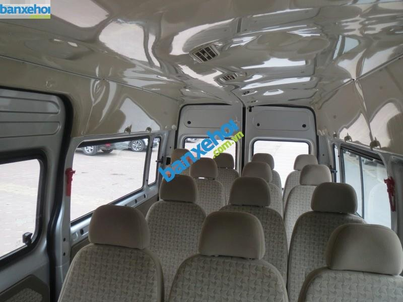 Xe Ford Transit  2012-5