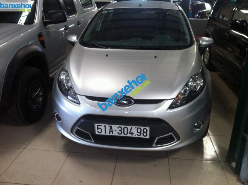 Xe Ford Fiesta AT 2011-0