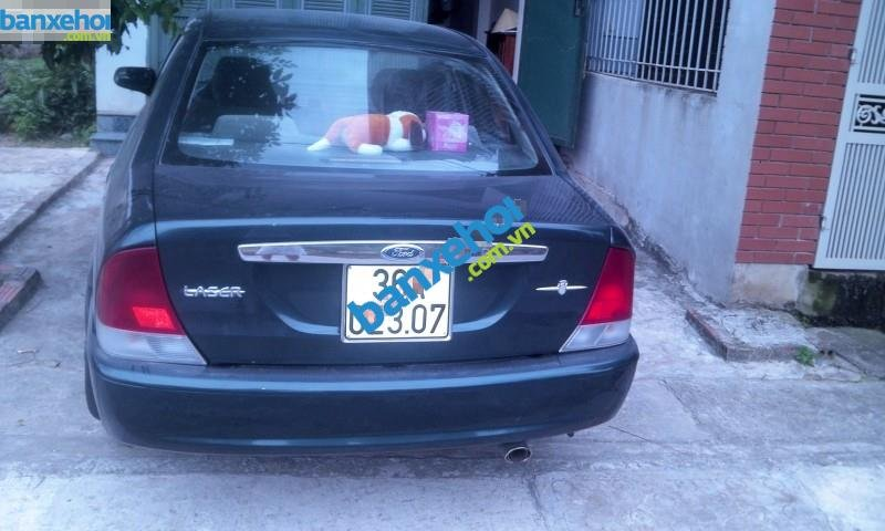 Xe Ford Laser  2001-2