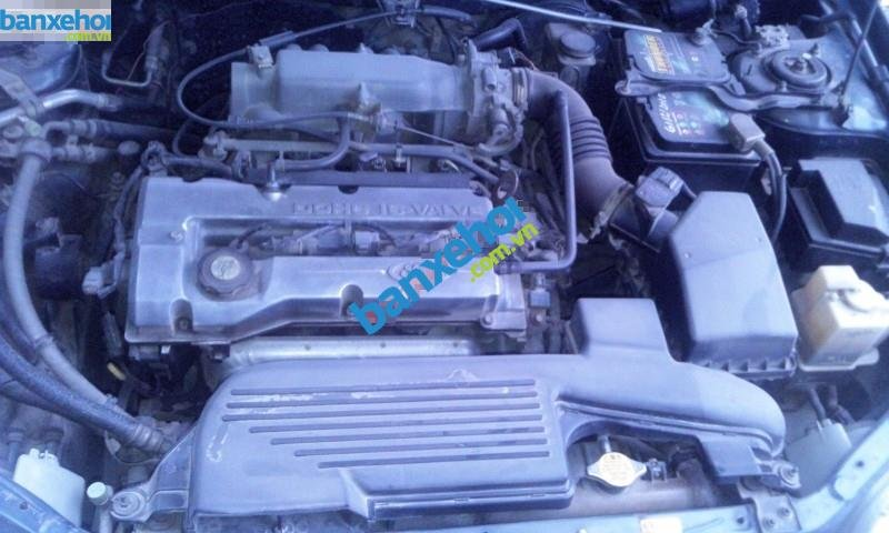 Xe Ford Laser  2001-8