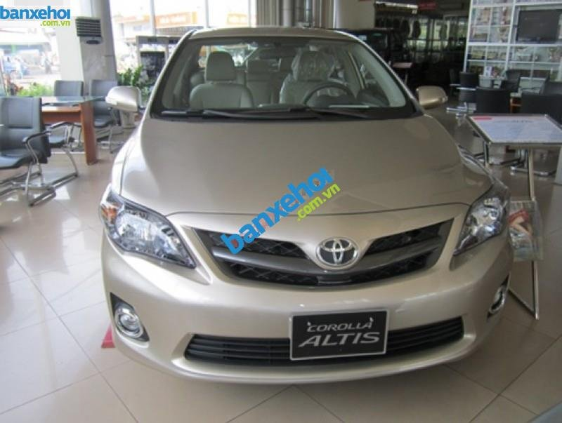 Xe Toyota Corolla altis 2.0AT 2014-0