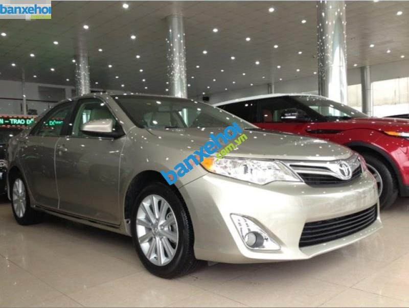 Xe Toyota Camry XLE 2014-1