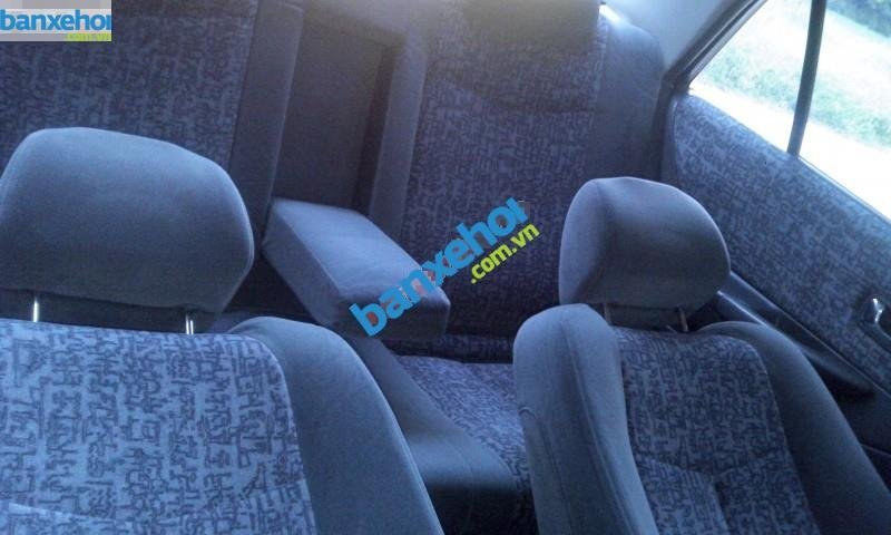 Xe Ford Laser  2001-7