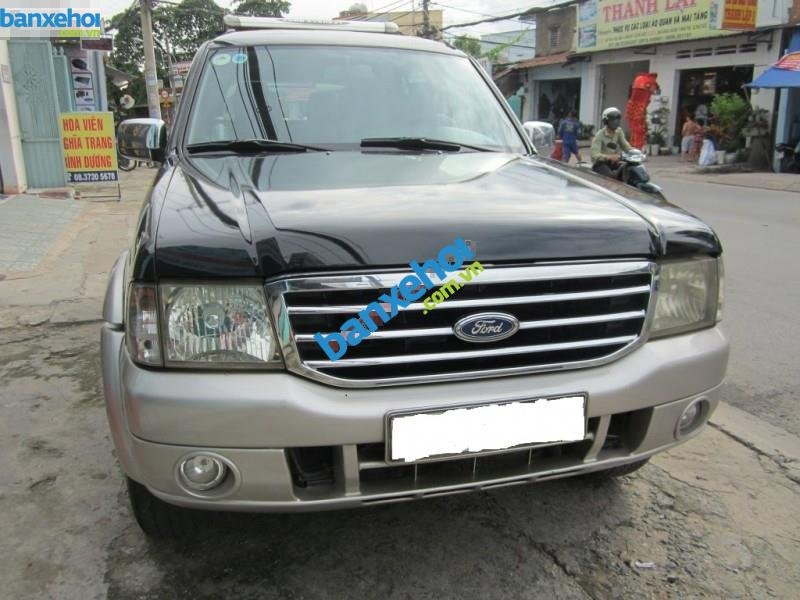 Xe Ford Escape  2005-0