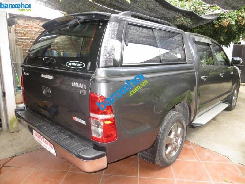 Xe Toyota Hilux  2011-2