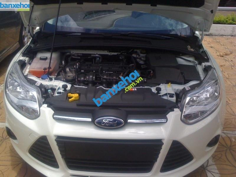 Xe Ford Focus 1.6AT 2014-1