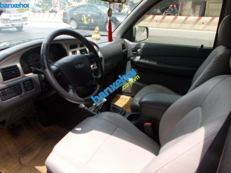 Xe Ford Everest  2006-8